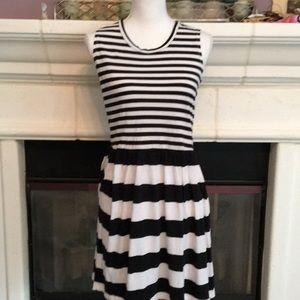 FCUK stretchy striped classic dress 🌹